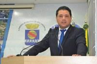Agendamento nos postos de saúde só nas segundas-feiras é humilhar a população', diz João Marcos Luz