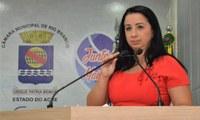 Elzinha Mendonça alerta para o aumento da violência contra mulher