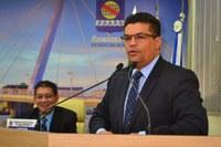 Manuel Marcos apresenta projeto de alteração na Lei do tempo de espera em filas de bancos