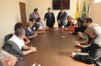 Vereadores recebem moradores do Loteamento Salin Farhat