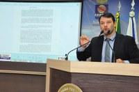 Roberto Duarte apresenta proposta para incluir Ensino Financeiro nas escolas públicas municipais