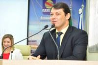 Roberto Duarte pede iluminação e pavimentação na estrada do presídio