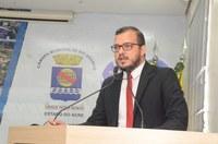 Rodrigo Forneck se posiciona contrário à redução das sessões online da Câmara