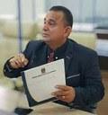 Vereador Arnaldo Barros apresenta mais de 30 indicações de melhorias para o Bairro Vitória.