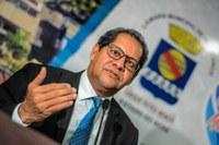 Vereador Eduardo Farias lamenta leilão do setor de petróleo e gás