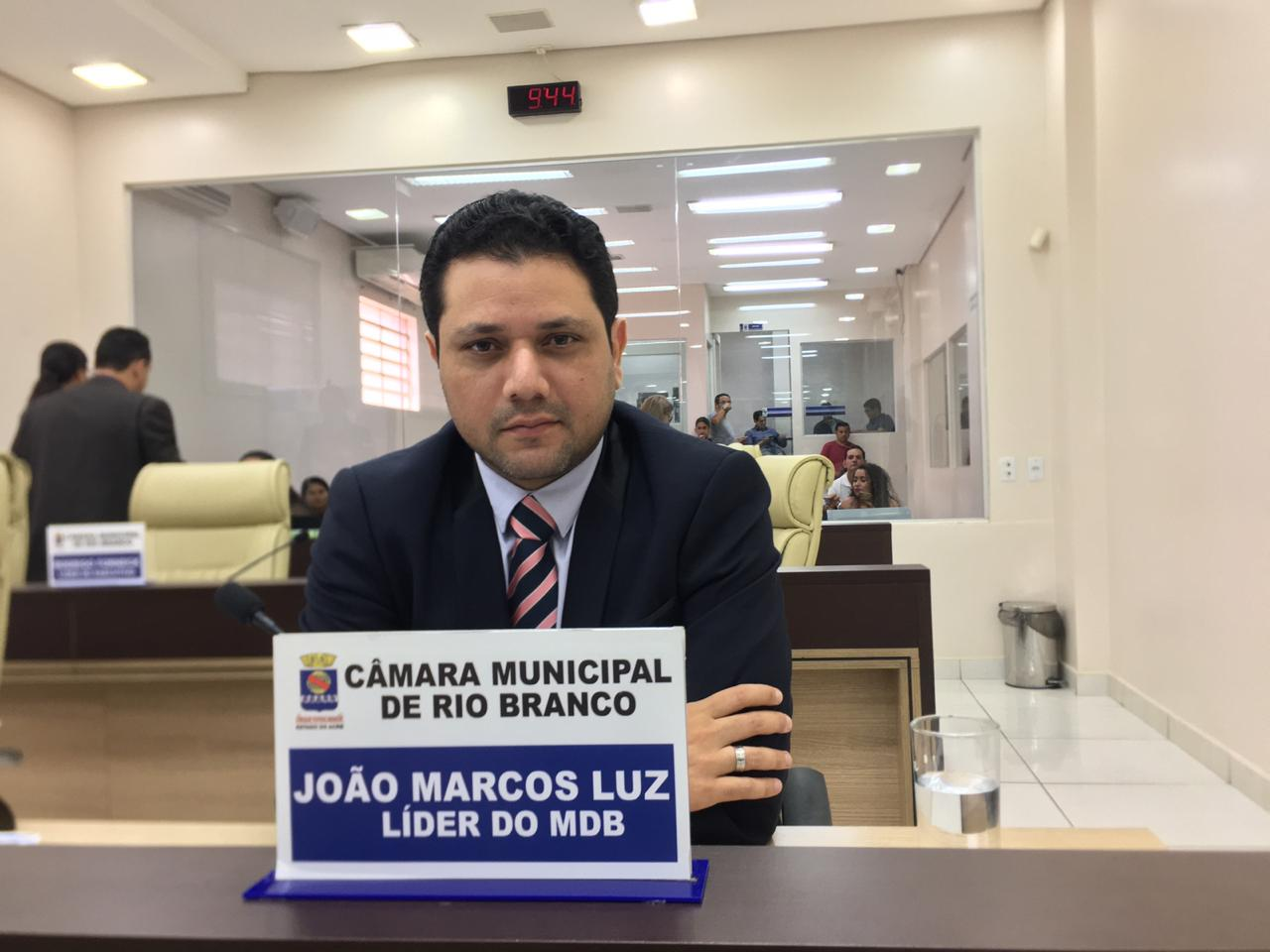 """Vereador Luz diz que diretor-presidente da EMURB garantiu que regional Tancredo Neves será beneficiada, e dispara: """"O PT e o PC do B são os dois principais buracos de Rio Branco"""""""