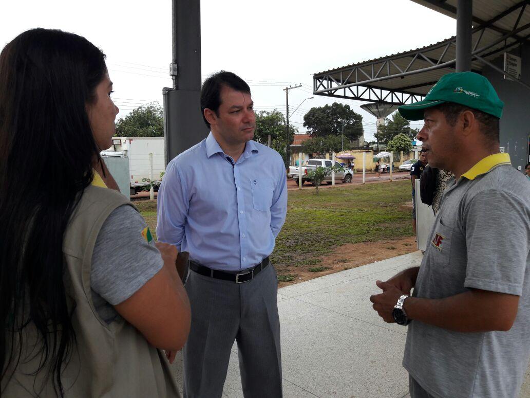 Vereador Roberto Duarte fiscaliza transporte público na Capital