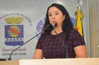 Vereadora Elzinha Mendonça reafirma seu compromisso no combate ao feminicídio e a depressão