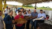 Vereadores participam da VII Feira do Peixe na capital